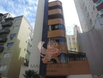 Apartamento no centro de Balneário Camboriú-SC