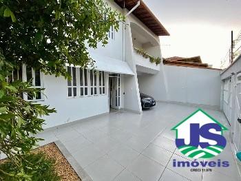 Casa no bairro Novo Cruzeiro em Ipatinga.