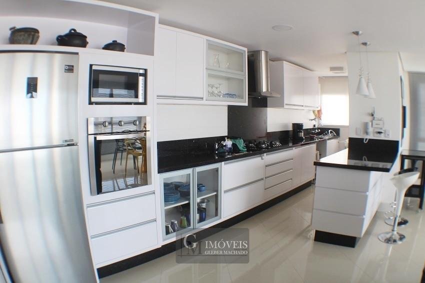 3 dormitórios finamente mobiliado Torres RS