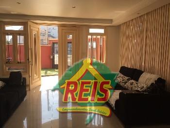 Casa 04 dormit�rios em Canoas-RS Bairro Figueiras