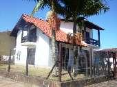 Residencia de Esquina junto ao centro