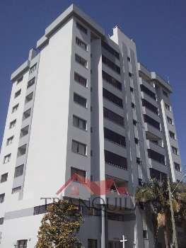 Apartamento de 3 dormit�rios pr�ximo ao rio.
