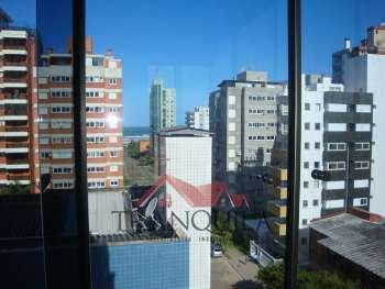 Apartamento 3 dormitórios Prox. as 4 Praças