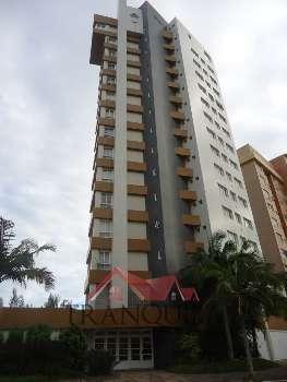 Apartamento frente Praça João Neves da Fontoura