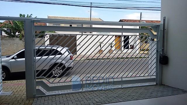 Casa centro Balneário Cam