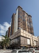 Apartamento 03 dormitórios - 03 vagas privativas