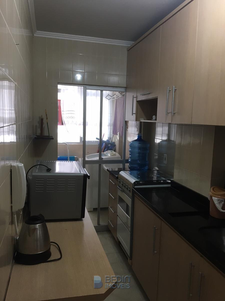 Cozinha e área serviçi