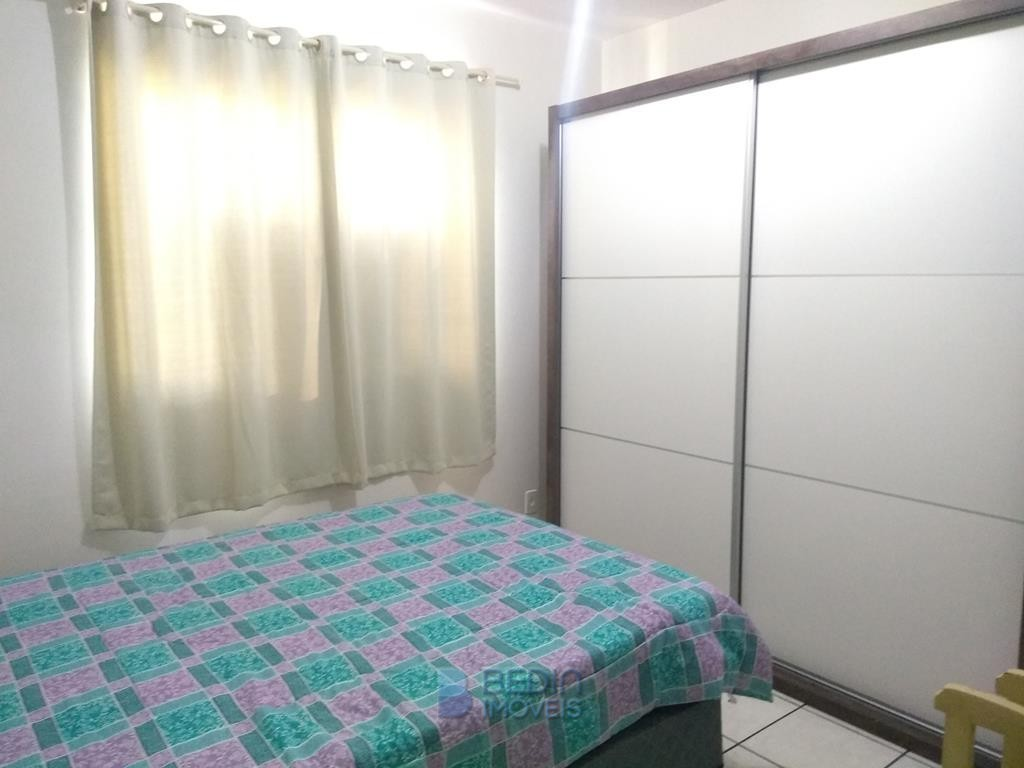 Locação anual 03 dormitórios