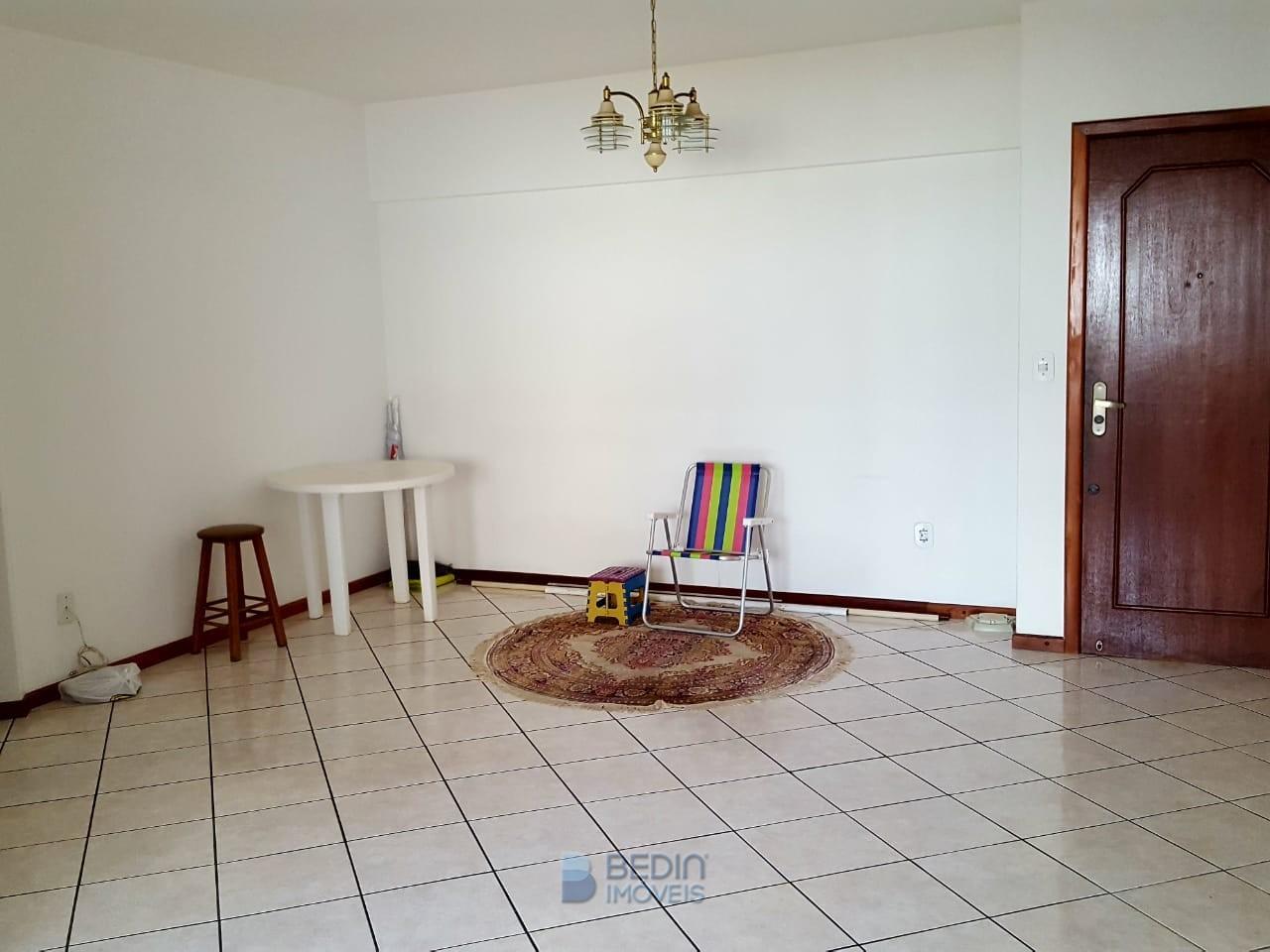 Sala ampla 02 ambientes