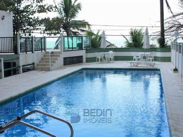 10- piscina (a)
