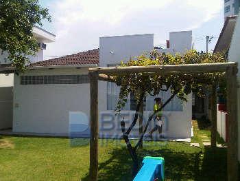 Terreno e casa comercial em Itajaí