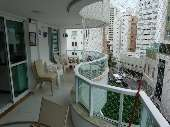 Apartamento 03 dormitórios Centro de B. Camboriú