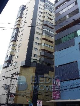 Apartamento Triplex 3 suítes Balneário Camboriú