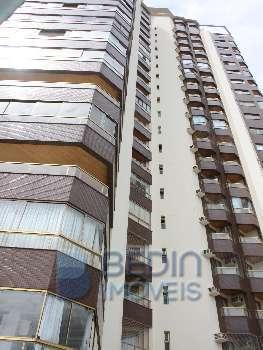 Apartamento 02 dormit�rios frente mar