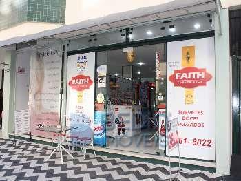 Conveni�ncia e cafeteria - sal�o de beleza anexo