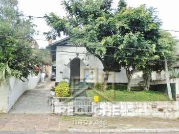 duas casas com otima localizacao no mesmo terreno