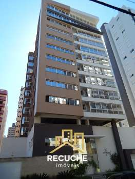 Amplo apartamento em Torres a 01 quadra das pra�a