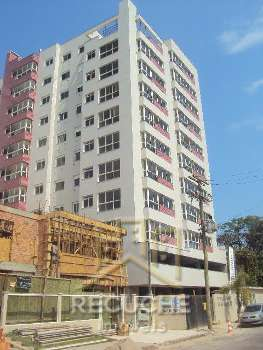 �timo Apartamento, localizado no Centro de Torres