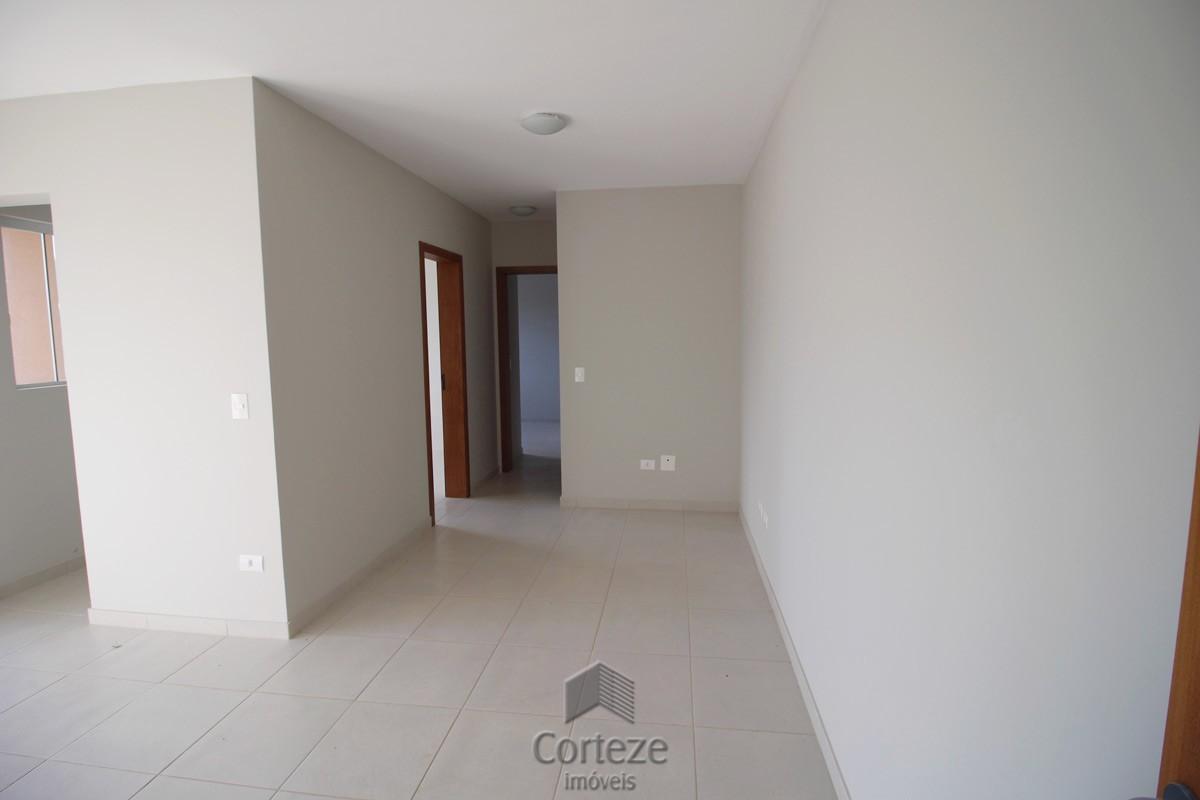 Apartamento com sacada ampla