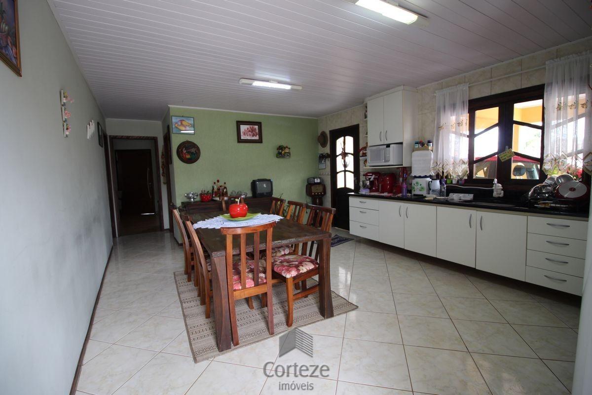 Casa / Sobrado à venda - Pinheirinho