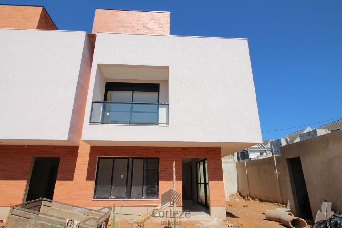 Casa / Sobrado à Venda - Atuba