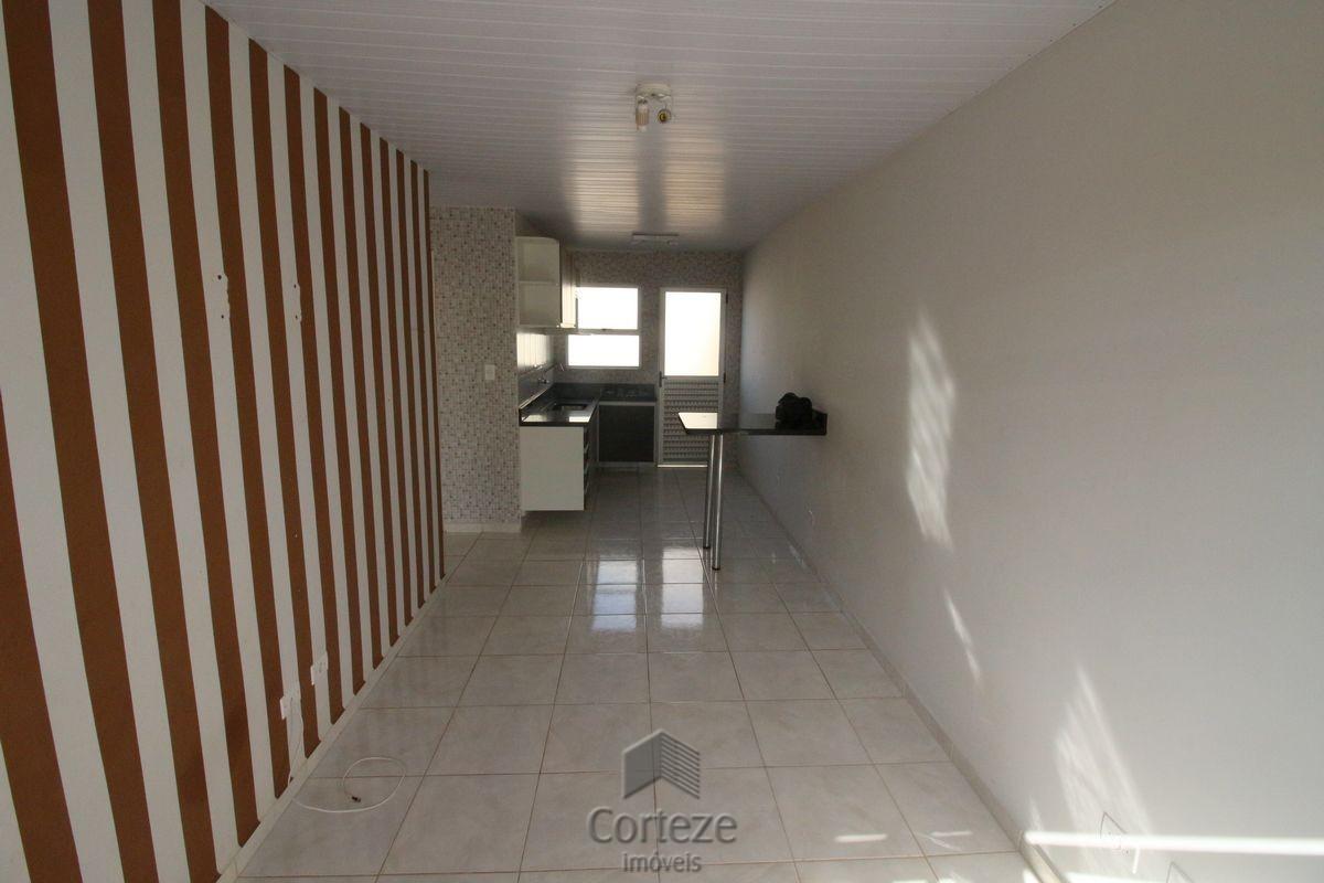 Casa com 2 quartos no bairro Santa Terezinha