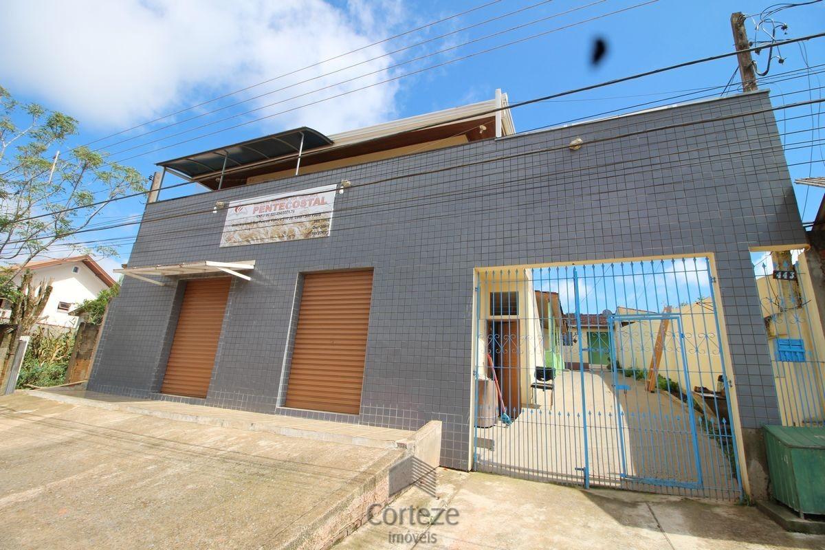 Terreno com 6 Casas, à venda em Colombo.