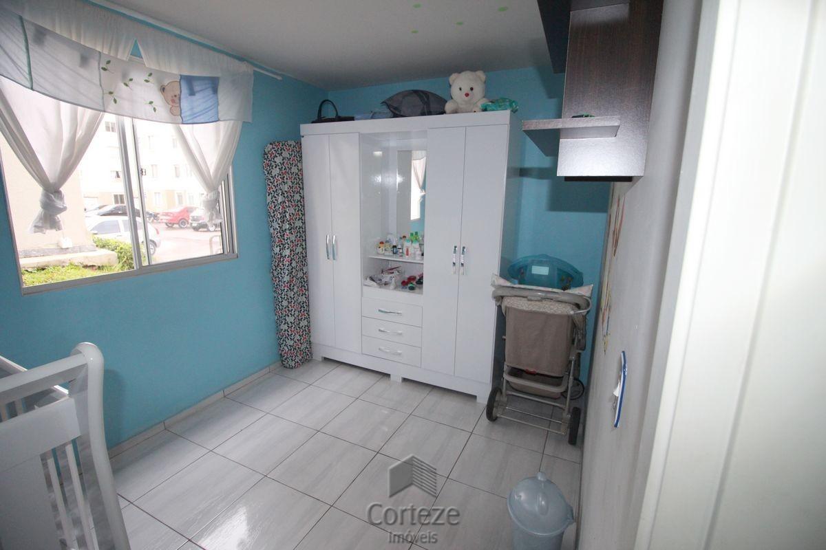 Apartamento com 2 quartos em Araucária