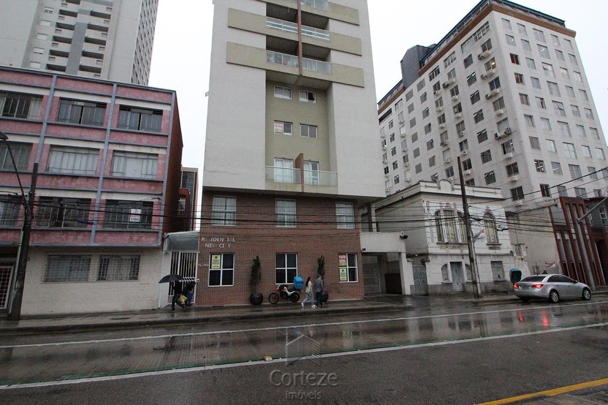 Apartamento 02 dormitórios no Centro