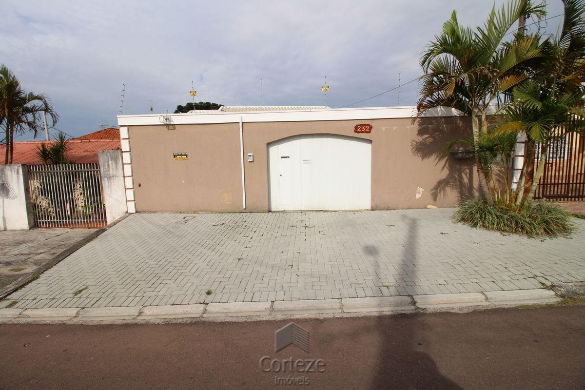 Casa com 03 quartos(1 suíte), à venda no Uberaba.