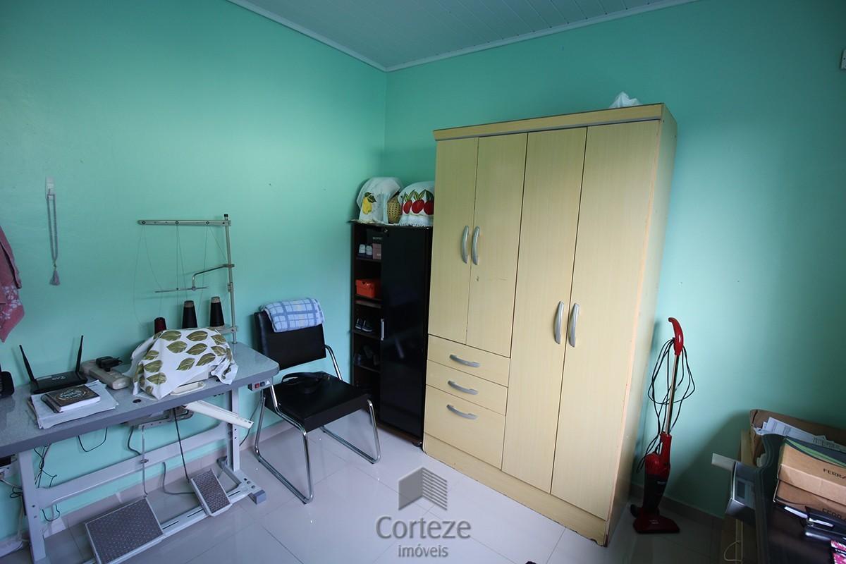 Casa 03 quartos sendo 01 suíte no Centro Araucária
