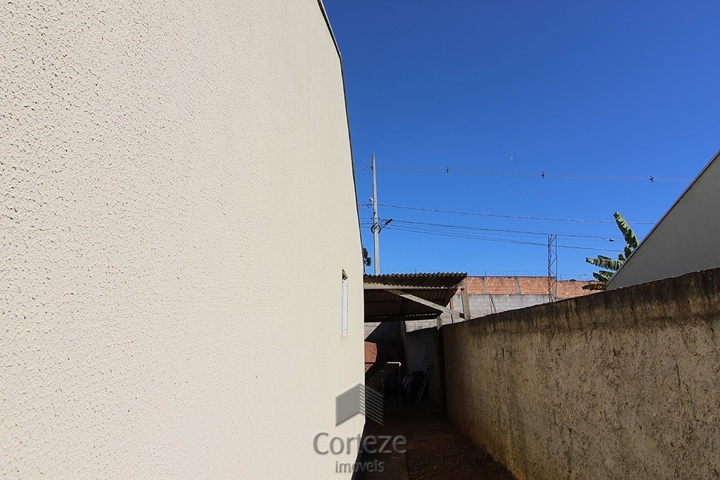 Casa com 2 quartos em Fazenda Rio Grande