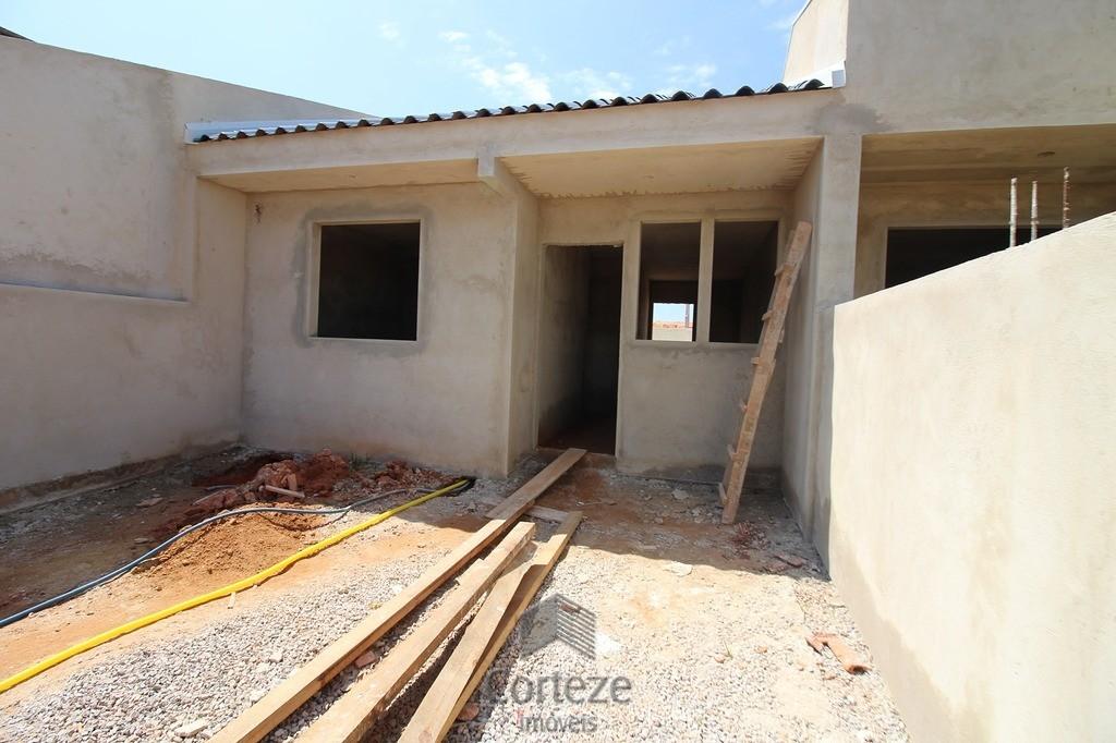 Casa com 2 quartos bairro Gralha Azul