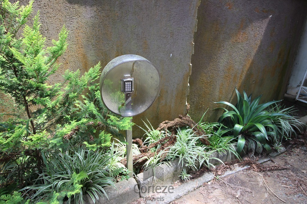Chácara 3000m2 em condomínio fechado em Araucária