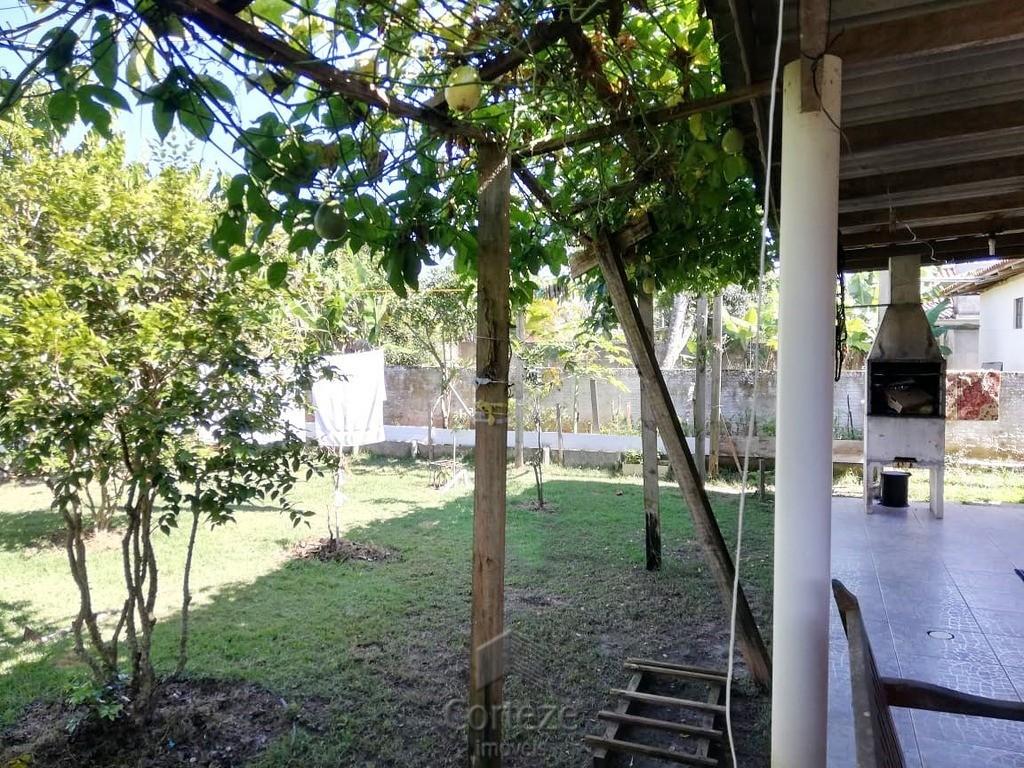 Casa de 3 quartos sendo 1 suíte em Guaratuba