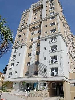 Apartamento com 02 quartos no Centro de São José
