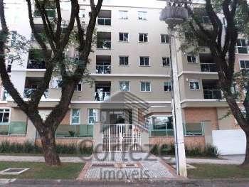 Apartamento com 03 quartos no Guabirotuba