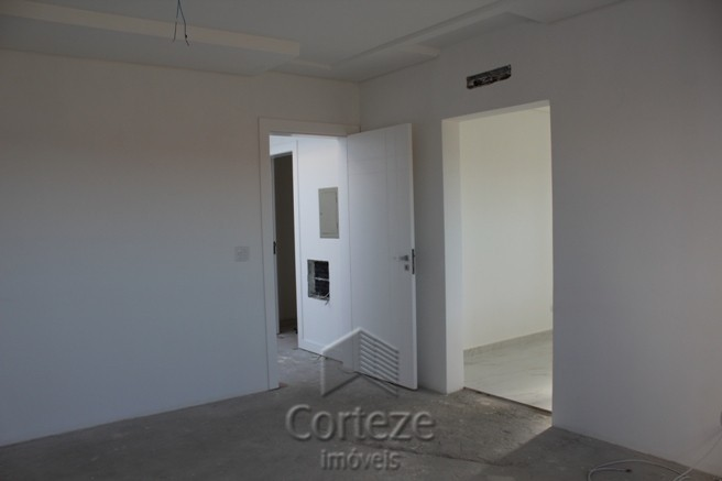 Casa / Sobrado à Venda - Neoville