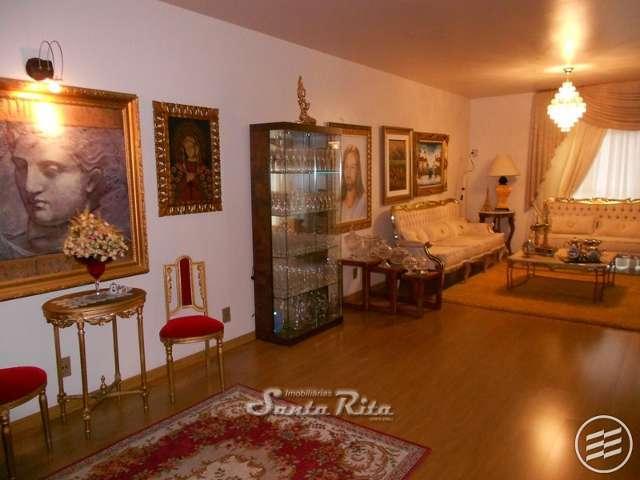 Excelente apartamento em Balne�rio Cambori�