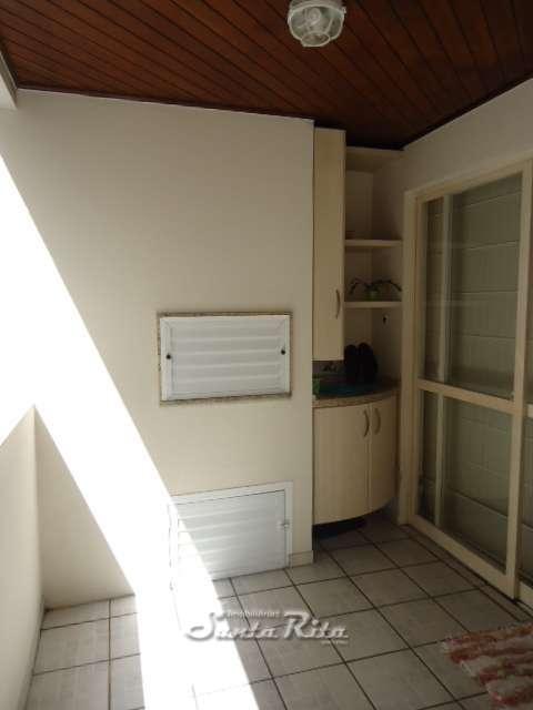 churrasqueira e armario