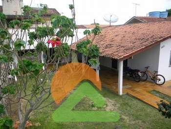 Excelente Terreno com Casa na Praia de Bombas/ SC