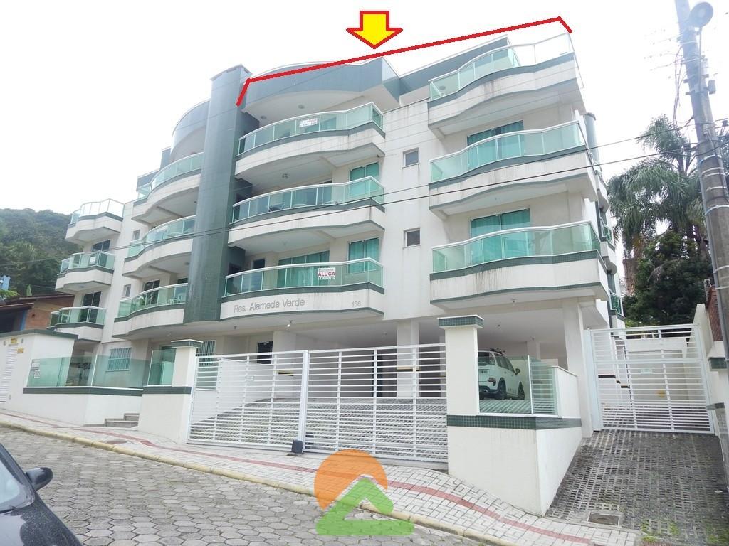 Aluga Apartamento com 4 Dormitórios em Bombinhas