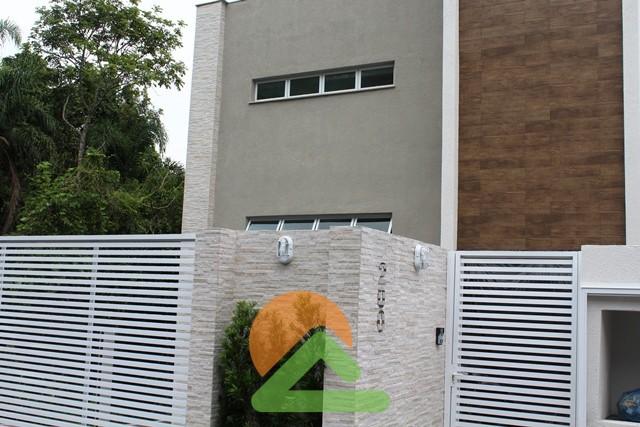 Aluguel Apartamento Novo em Bombinhas Centro.
