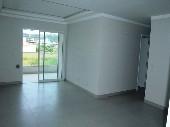Apartamento 02 dormitórios na praia de Bombas
