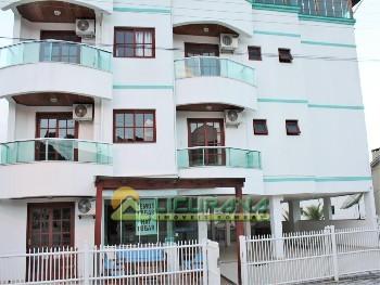 Apartamento 01 dorm Praia de Bombas em Bombinhas