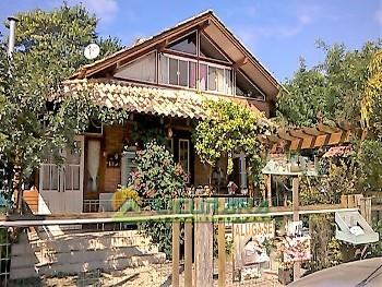 Linda Casa Rústica para Aluguel e Venda