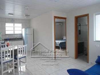 Apartamento com 1 dormitório e vista para o mar!