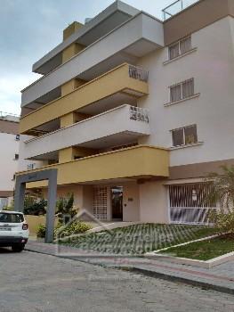 Apartamento novo em Bombas.