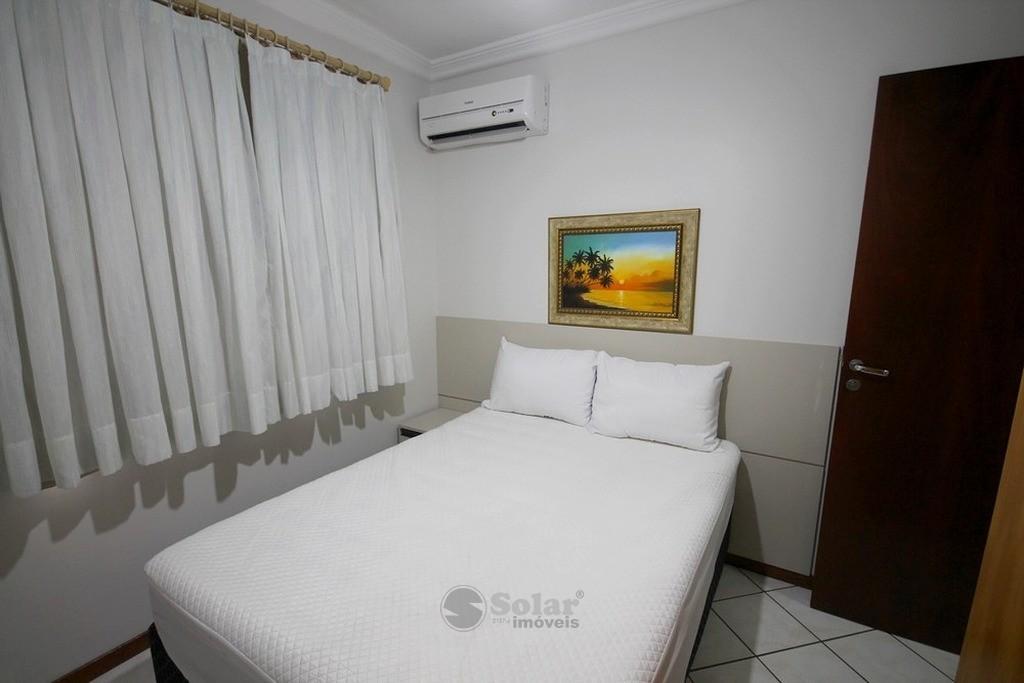 13 Dormitório Casal.JPG