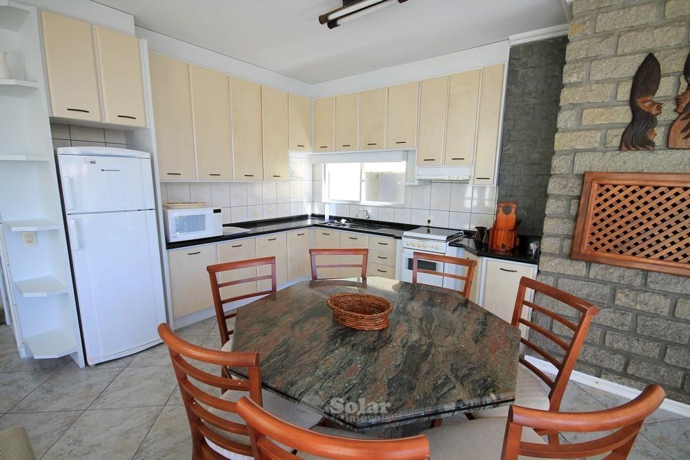 09 Cozinha e Área de Chur